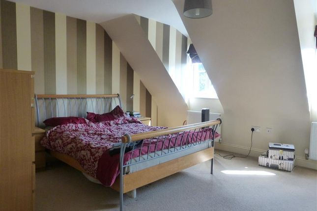 Thumbnail Terraced house to rent in Oak Square, Crowland, Peterborough