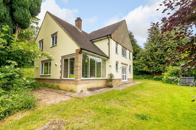 Thumbnail Detached house for sale in Harthall Lane, Kings Langley, Hertfordshire