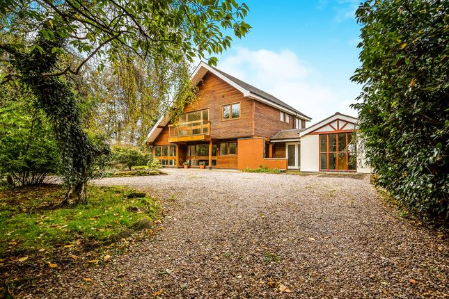 Thumbnail Detached house for sale in Chester Road, Little Budworth, Tarporley