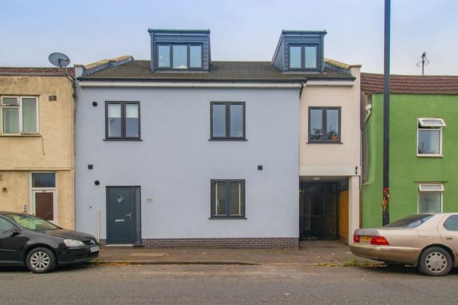 3 bed flat for sale in Clouds Hill Road, St. George, Bristol BS5