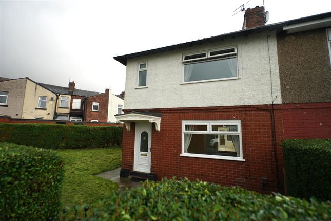 3 bed semi-detached house to rent in Nuttall Avenue, Horwich, Bolton BL6