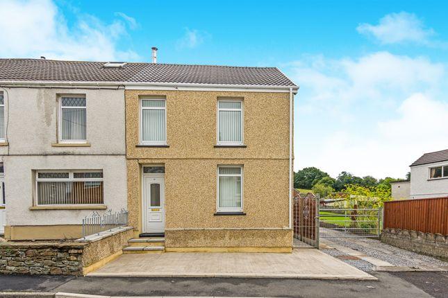 Thumbnail Detached house for sale in Tyn Y Bonau Road, Pontarddulais, Swansea