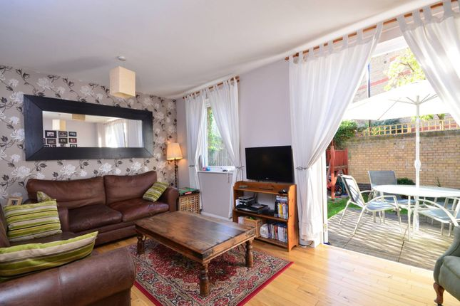 Thumbnail Property to rent in Milligan Street, Limehouse