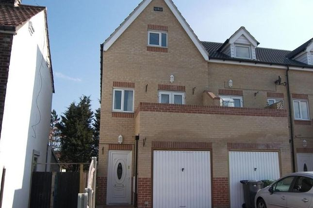 Thumbnail Property to rent in Queen Annes Road, Southtown, Great Yarmouth