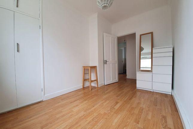 Thumbnail Flat to rent in Turin Street, London