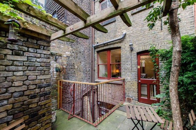 Thumbnail Terraced house to rent in Puma Court, Spitalfields