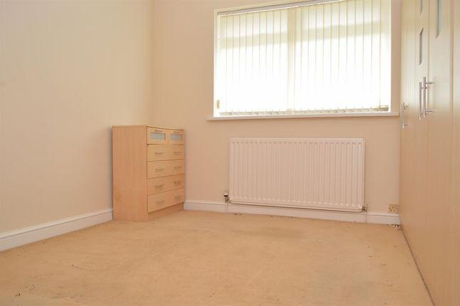 Bed 1 of North Gate, Garden Suburbs, Oldham OL8
