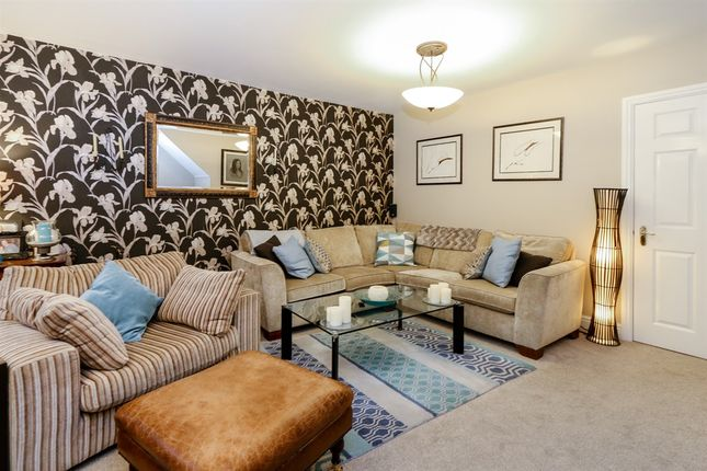 Thumbnail Town house for sale in Woolston Close, Abington, Northampton