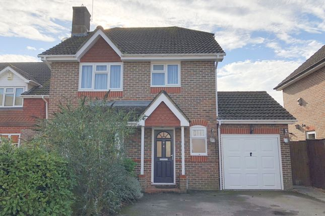 Thumbnail Detached house to rent in Firview, Liphook