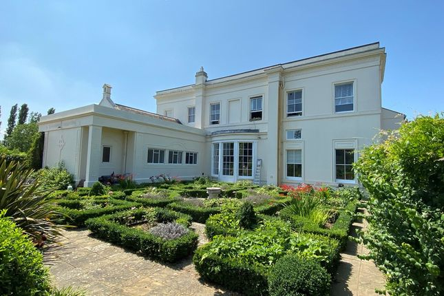 Thumbnail Flat for sale in Abbey Drive, Laleham Upon Thames