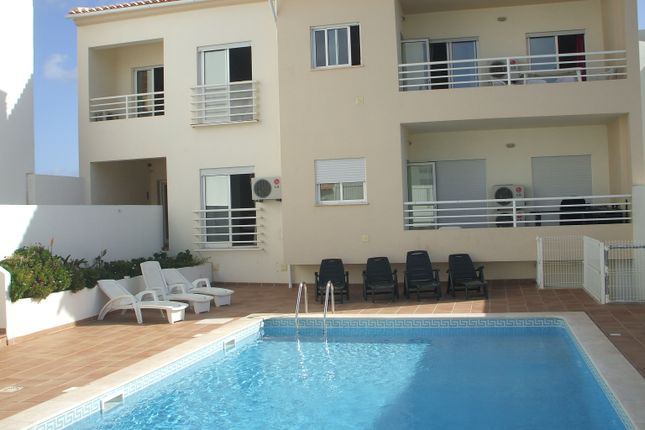 Thumbnail Apartment for sale in Albufeira E Olhos De Água, Albufeira, Central Algarve, Portugal