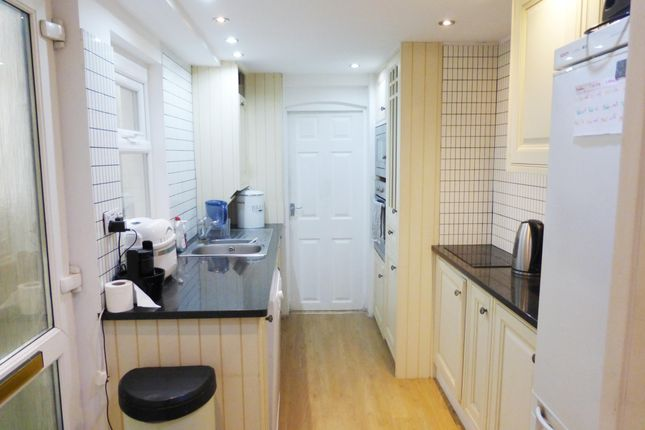 Thumbnail Property to rent in Hilton Road, Newton Abbot