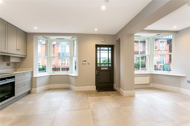 Ensuite Room To Rent In Marlow