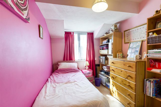 Bedroom 3 of Long Copse Chase, Chineham, Basingstoke RG24