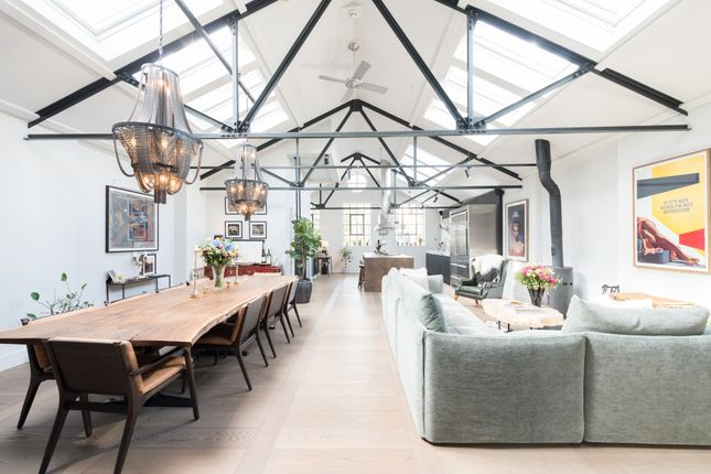 Thumbnail Town house for sale in Stannary Street, London
