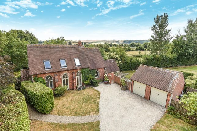 Thumbnail Country house for sale in Fawler Road, Uffington, Faringdon