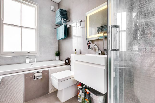 Bathroom of Esparto Street, Wandsworth, London SW18