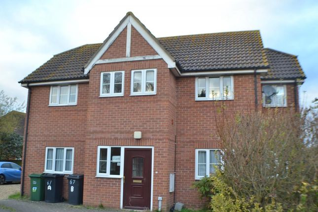 Thumbnail Flat for sale in Lancaster Close, Thatcham