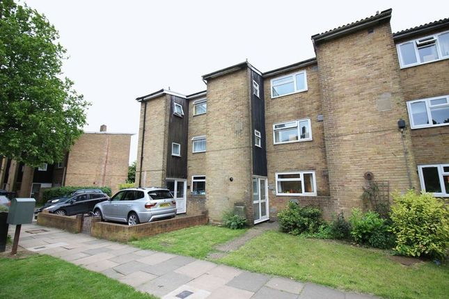 Thumbnail Town house for sale in Ladyshot, Harlow