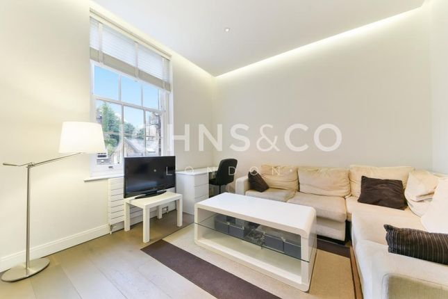 2 bed flat to rent in Chelsea Walk, Fulham Road