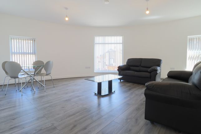 Thumbnail Flat to rent in Wesley Road, Leeds