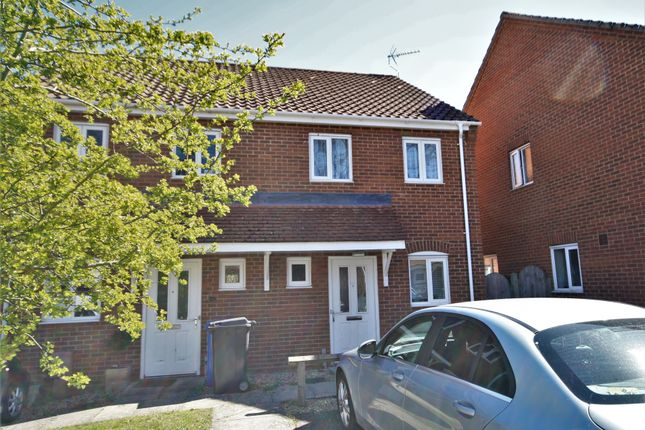 2 bed property to rent in Roe Drive, Norwich NR5