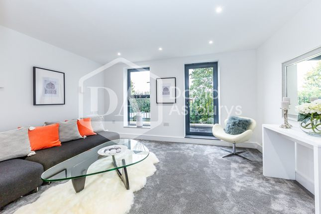 Thumbnail Town house for sale in Camfrey Court, Priory Road, Crouch End