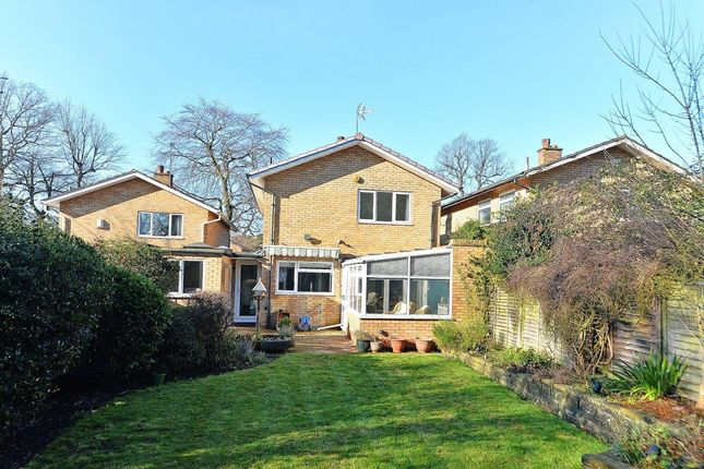 3 bed link-detached house for sale in Christchurch Close, Edgbaston