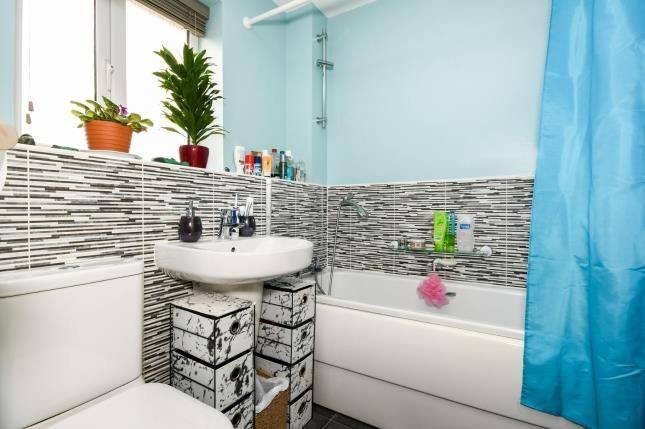 Bathroom of Highfield Avenue, Langwith Junction, Mansfield, Derbyshire NG20