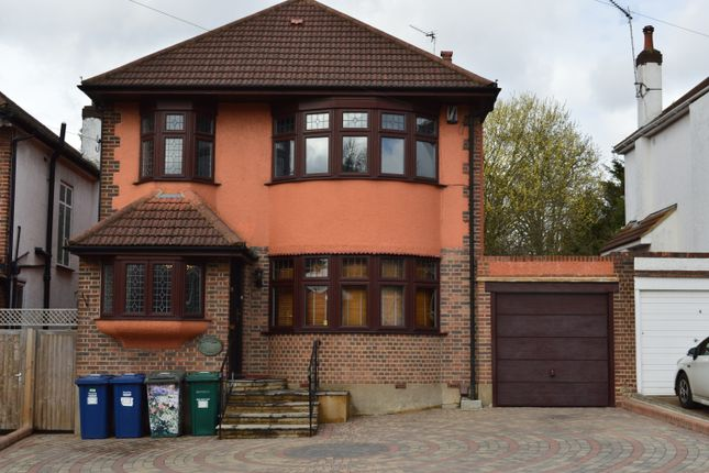 Thumbnail Detached house to rent in Longland Drive, Totteridge