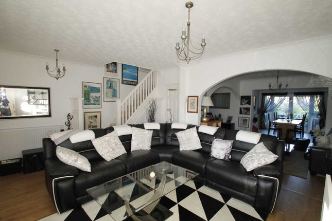 Commercial Room For Rent Rushden