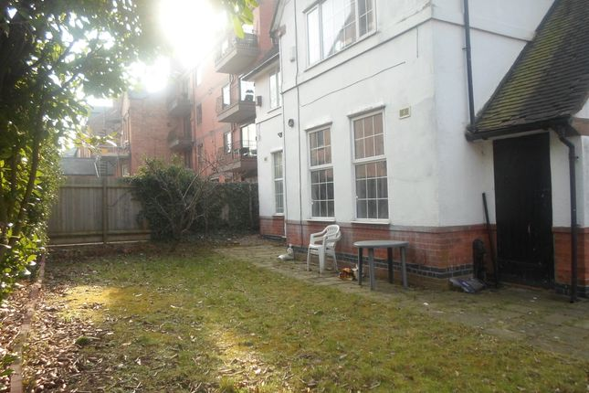 Thumbnail Shared accommodation to rent in Upper New Walk, Leicester