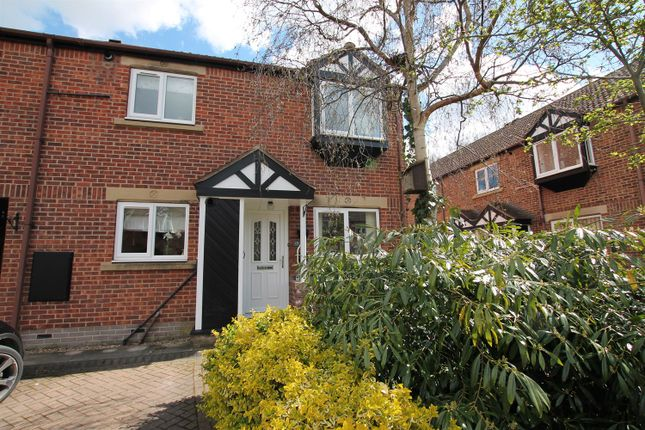 2 bed flat to rent in Tennison Court, Crescent Street, Cottingham HU16
