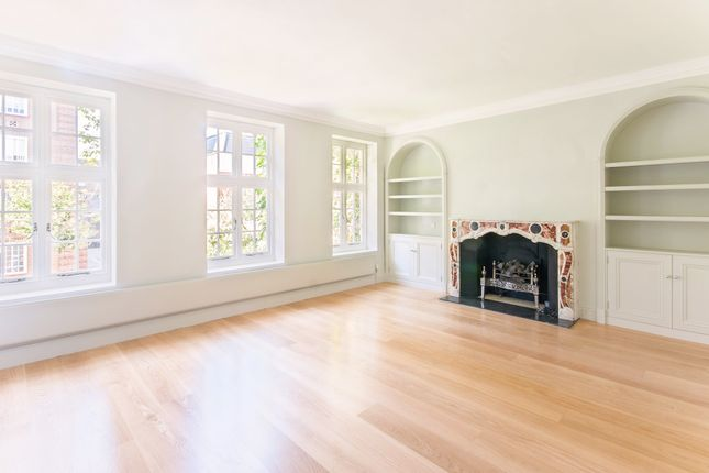Semi-detached house to rent in Flood Street, London