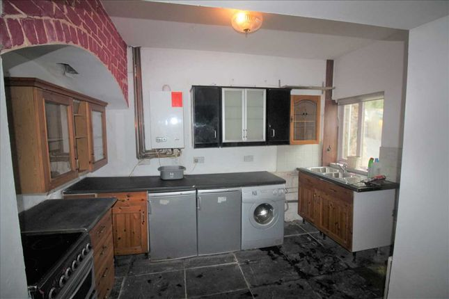 Kitchen of King Street, Hebden Bridge HX7