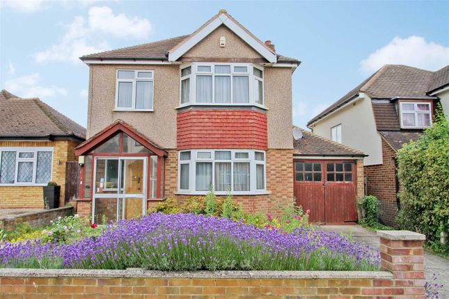 3 bed detached house for sale in Angle Close, Hillingdon