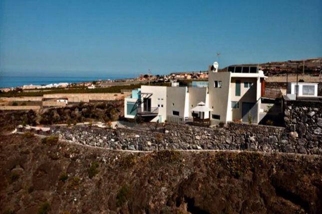 Thumbnail Villa for sale in Avenida Playa Paraíso, 38678, Santa Cruz De Tenerife, Spain