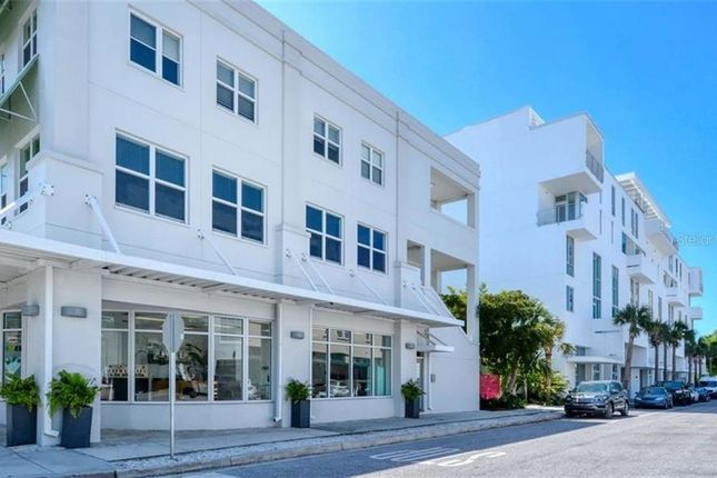 Town house for sale in 1350 5th Street #104, Sarasota, Florida, United States Of America