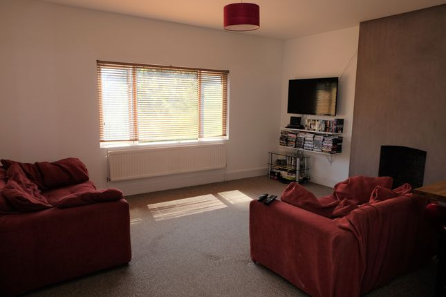 Thumbnail Flat for sale in Waungron Road, Cardiff