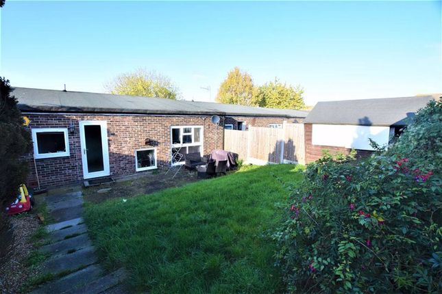 3 bed terraced house to rent in Wills Hill, Stanford Le Hope, Essex SS17