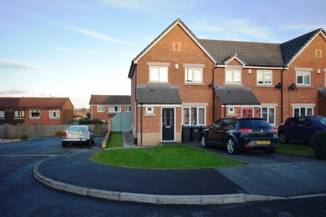 Thumbnail Terraced house to rent in Manor Court, Stanley