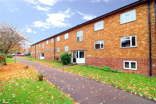Thumbnail Flat for sale in Shirley Road, Abbots Langley