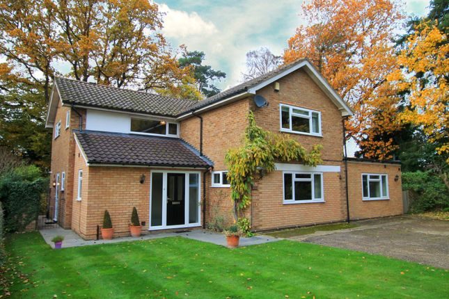 5 bed detached house to rent in Birch Close, Send, Woking