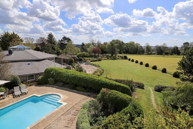 Thumbnail Detached house for sale in Vernon Hill, Bishops Waltham, Hampshire