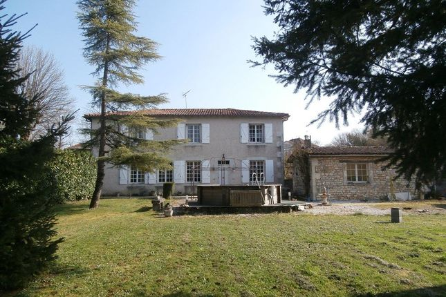 6 bed property for sale in Ruffec, Poitou-Charentes, 16350, France