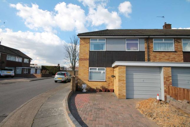 Thumbnail Property to rent in Mortimer Road, Erith