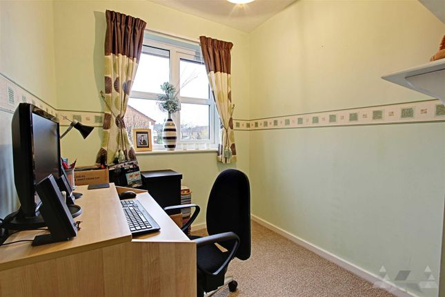 Bedroom 3 of Loxley Drive, Mansfield NG18