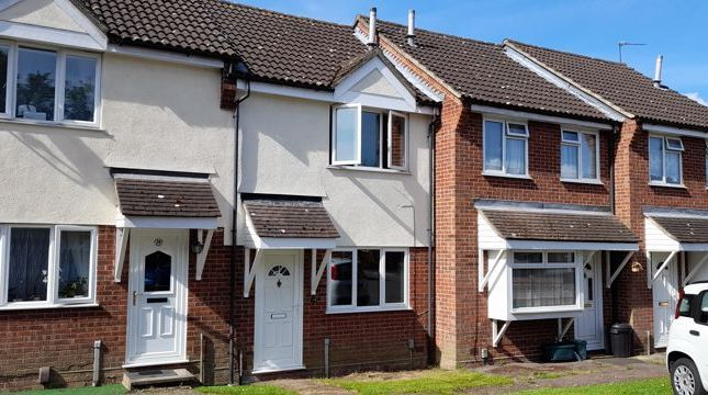 Thumbnail Terraced house for sale in Sinnington End, Highwoods, Colchester