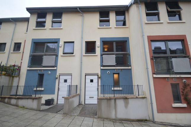 4 bed terraced house to rent in Corte Jago, Truro TR1