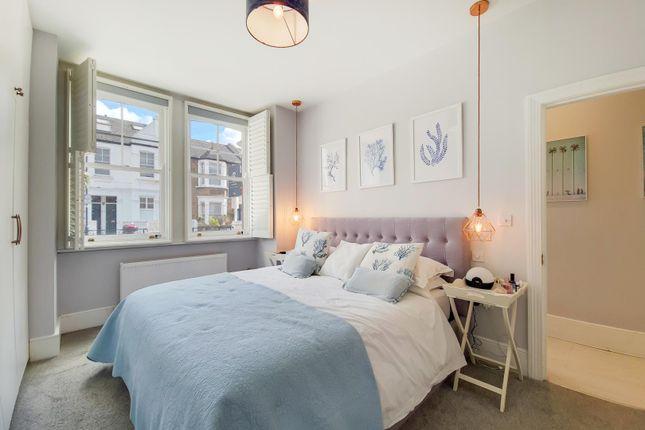 2 bed flat for sale in Wardo Avenue, London SW6